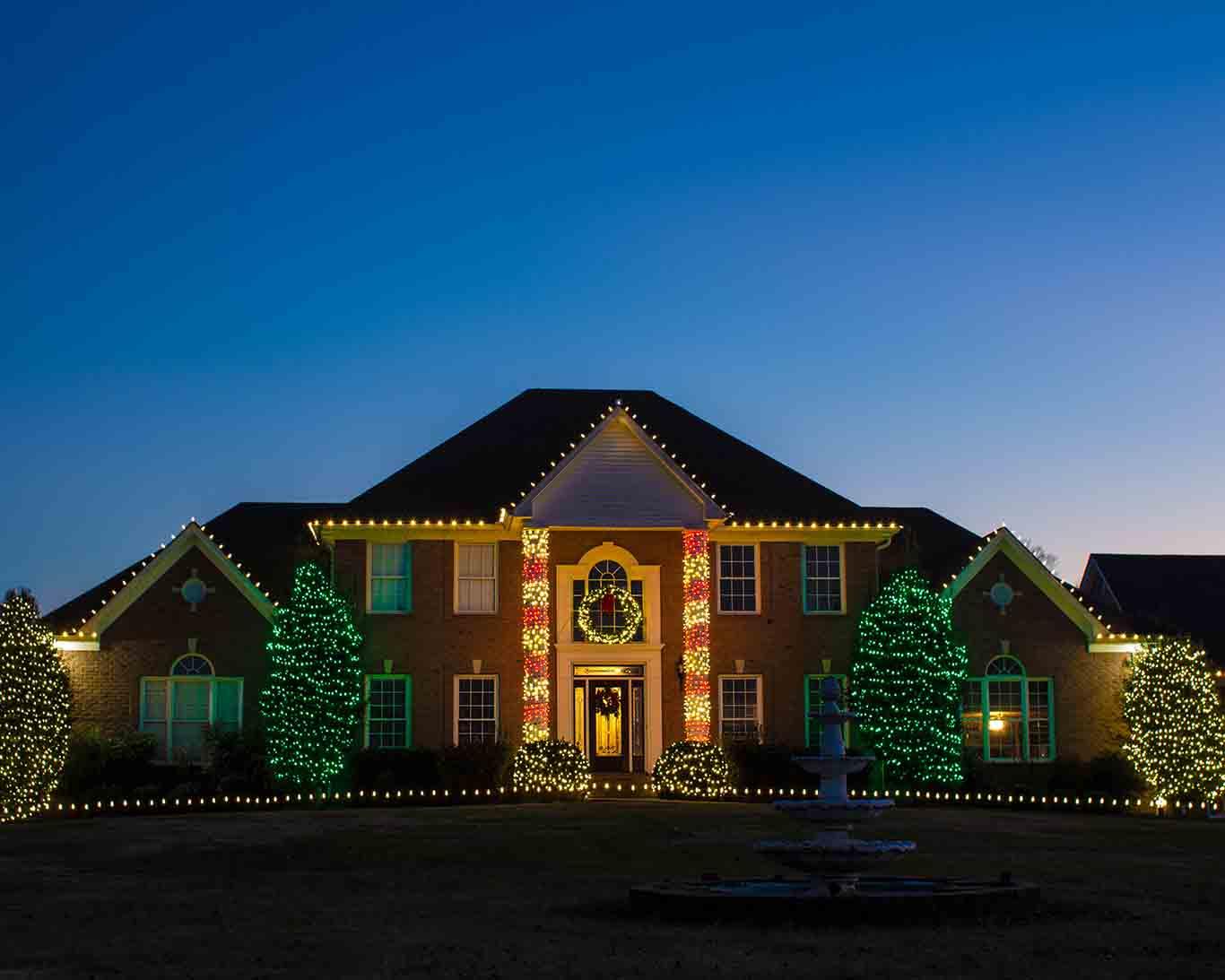 Custom Holiday Lighting on home in Hendersonville TN & Holiday Lighting Service | Light Up Nashville | Custom Holiday ... azcodes.com