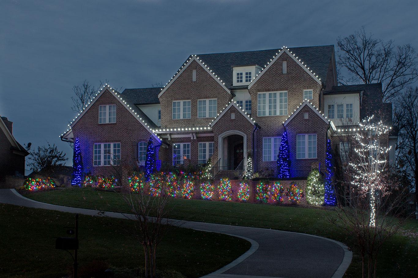 custom christmas lighting designs