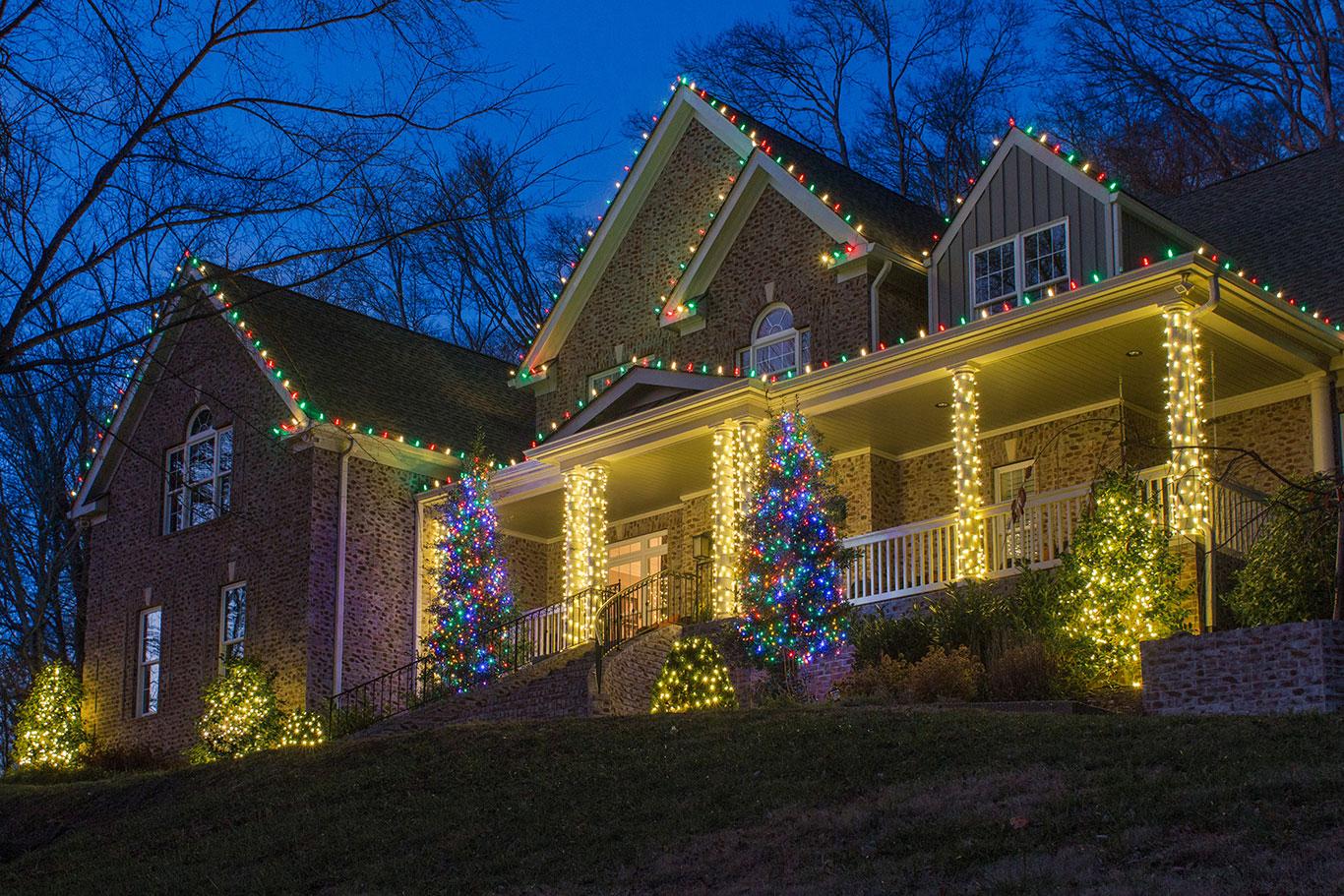 Residential Holiday Lighting Service | Light Up Nashville ...