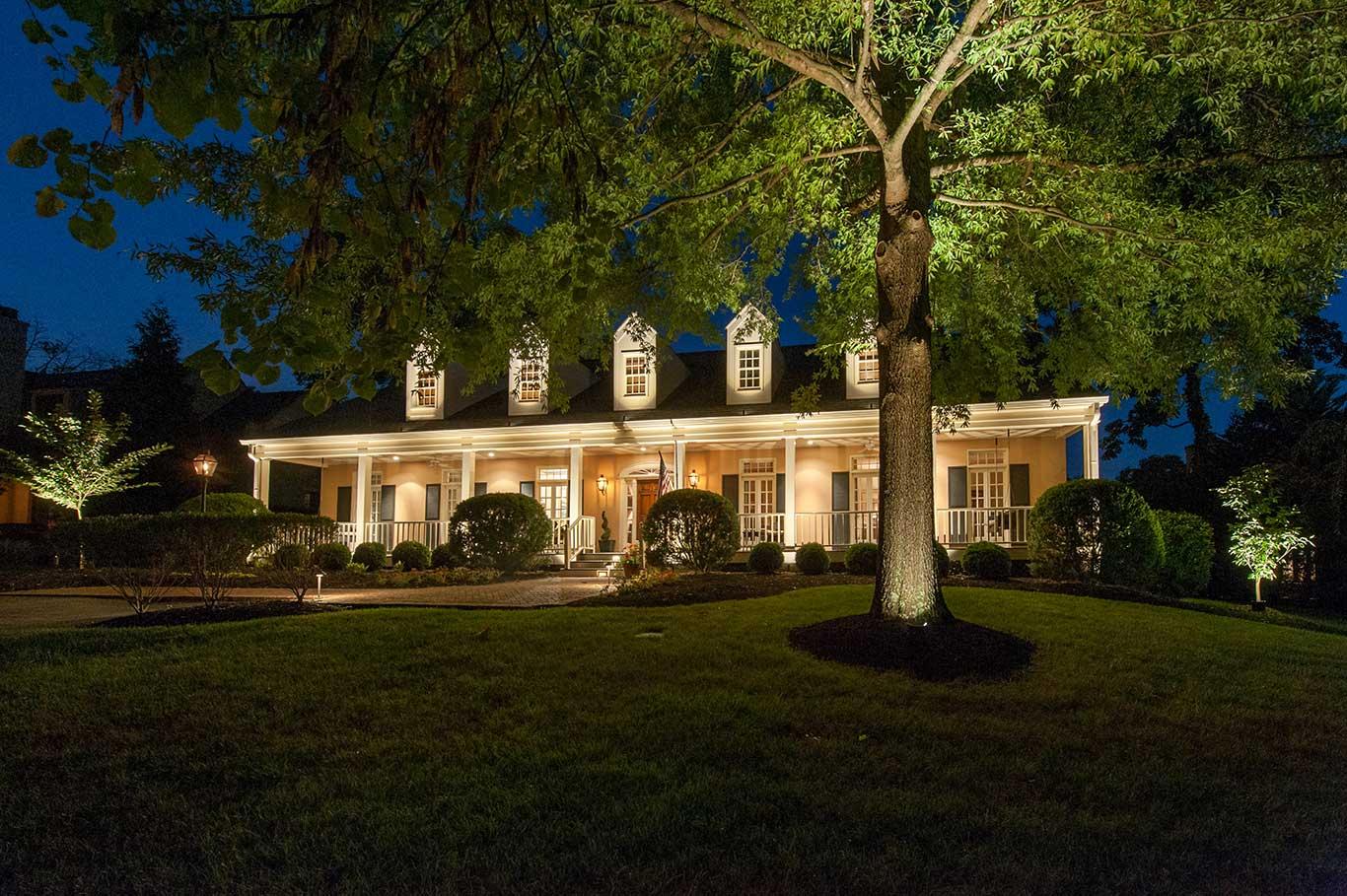 outdoor house lighting service in Nashville