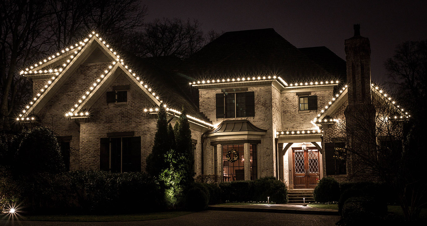 christmas-roofline-lighting