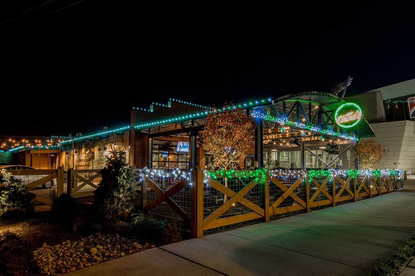 Von Elrod's Beer Garden & Sausage House Christmas Display 2017