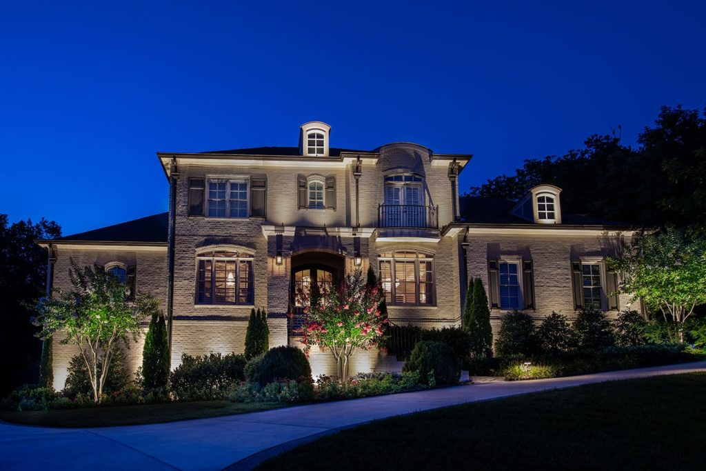 landscape lighting home in Franklin, TN