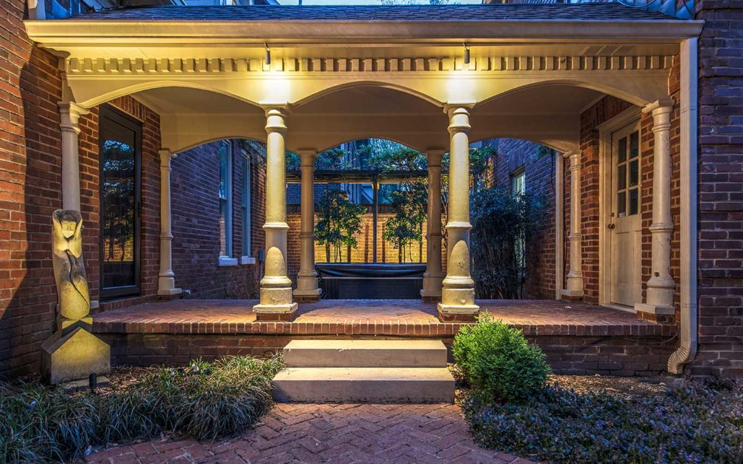 Column Lighting in Nashville Courtyard