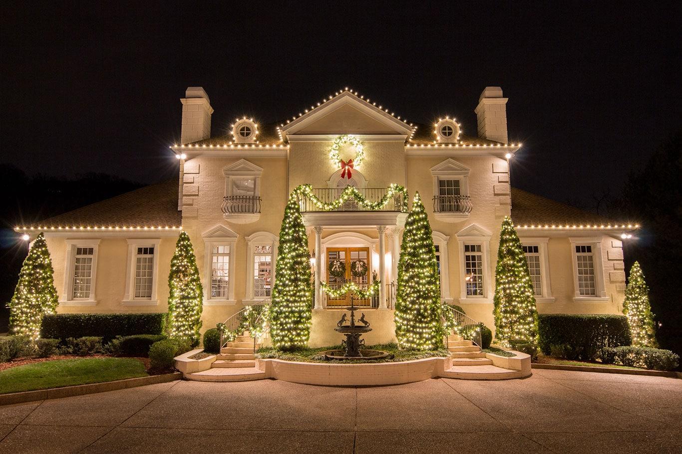 holiday outdoor lighting